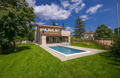 Newly furnished stone villa with pool in the central Istria