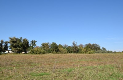 Large building plot in central Istria