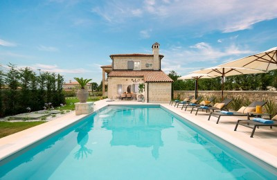 Luxury villa with pool in central Istria, near Rovinj, fully furnished