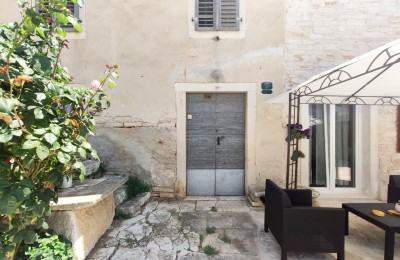 Two stone houses due to complete renovation nearby the city of Rovinj
