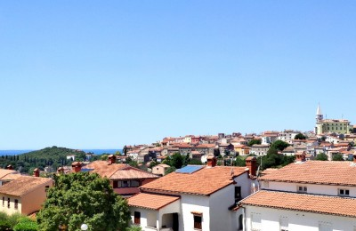 Vrsar, spacious apartment with two bedrooms and sea view